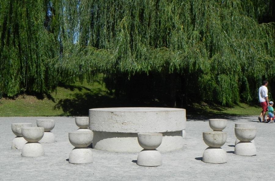 Masa tacerii in Targu Jiu