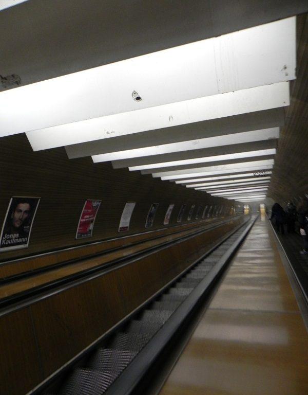 Intrare la metrou Praga