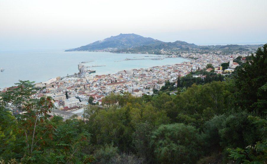 Lucruri de facut in Zakynthos: urcare pe dealul Bochali
