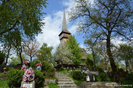 Biserica de lemn din Desesti