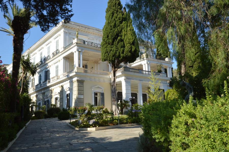 Palatul Achileion din Corfu