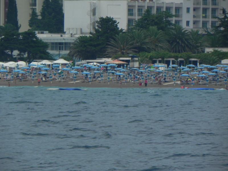Plaja Becici Muntenegru