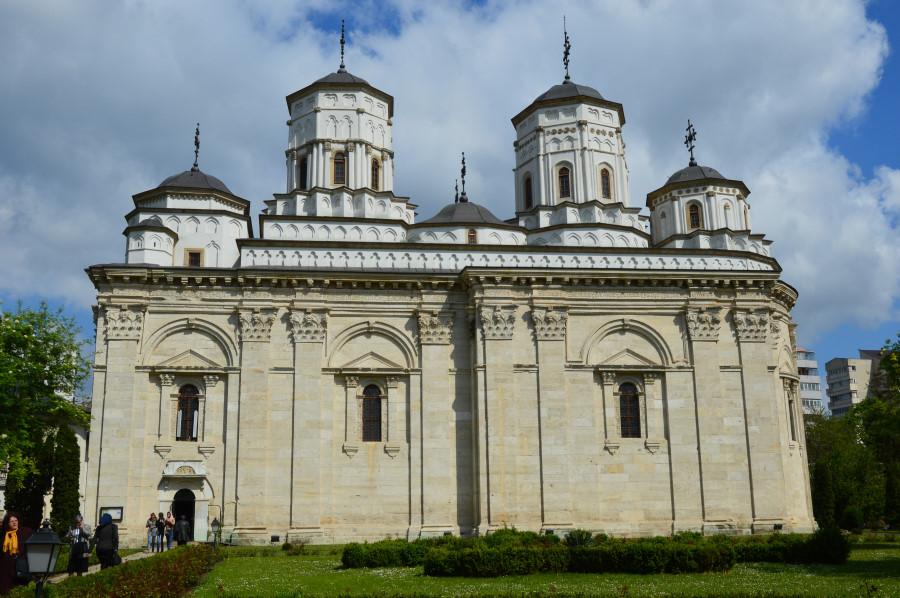 Biserici in Iasi
