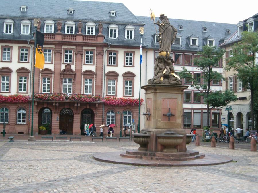 Spre castelul din Heidelberg Germania